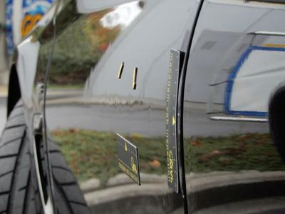 Porte AVG Dent(s) and scratch(es)