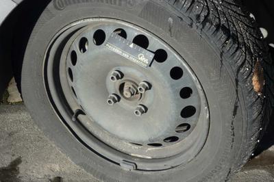 Enjoliveur roue AVG Manque