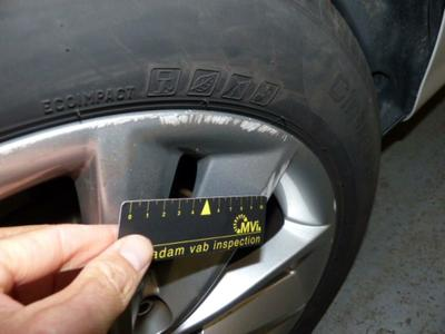 Alloy rim R R Scratch(es)