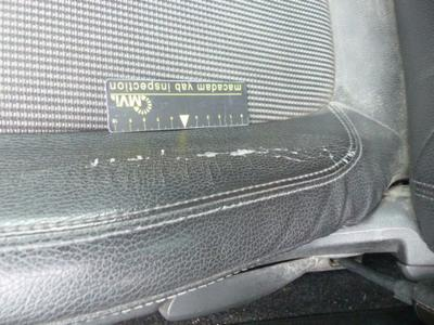 Revêtement assise siège AVG Usé