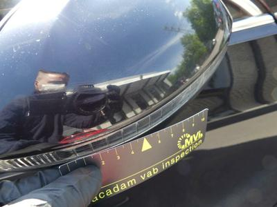 Outside rear-view mirror housing R Scratch(es)