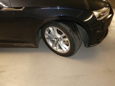 Tyre F R Worn