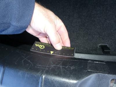 Rear panel internal lining Scratch(es)