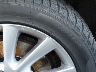 Alloy rim F L Scratch(es)