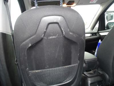 Outer backrest protection L Scratch(es)