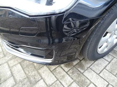 Bumper F Scratch(es)
